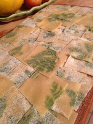 pasta-laminated-with-parsley_26703483780_o